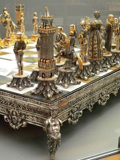 Amazing chess set