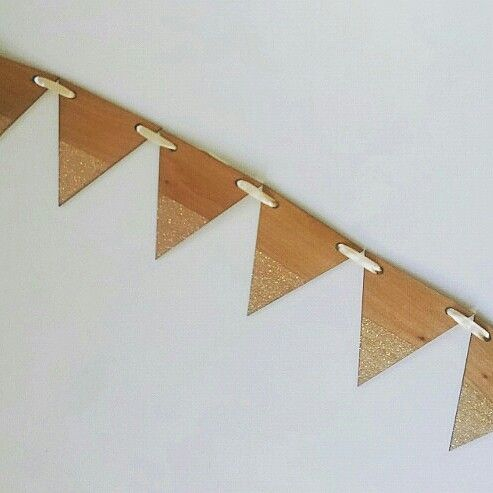 Large timber bunting with opal glitter.  Gives a subtle shimmer.