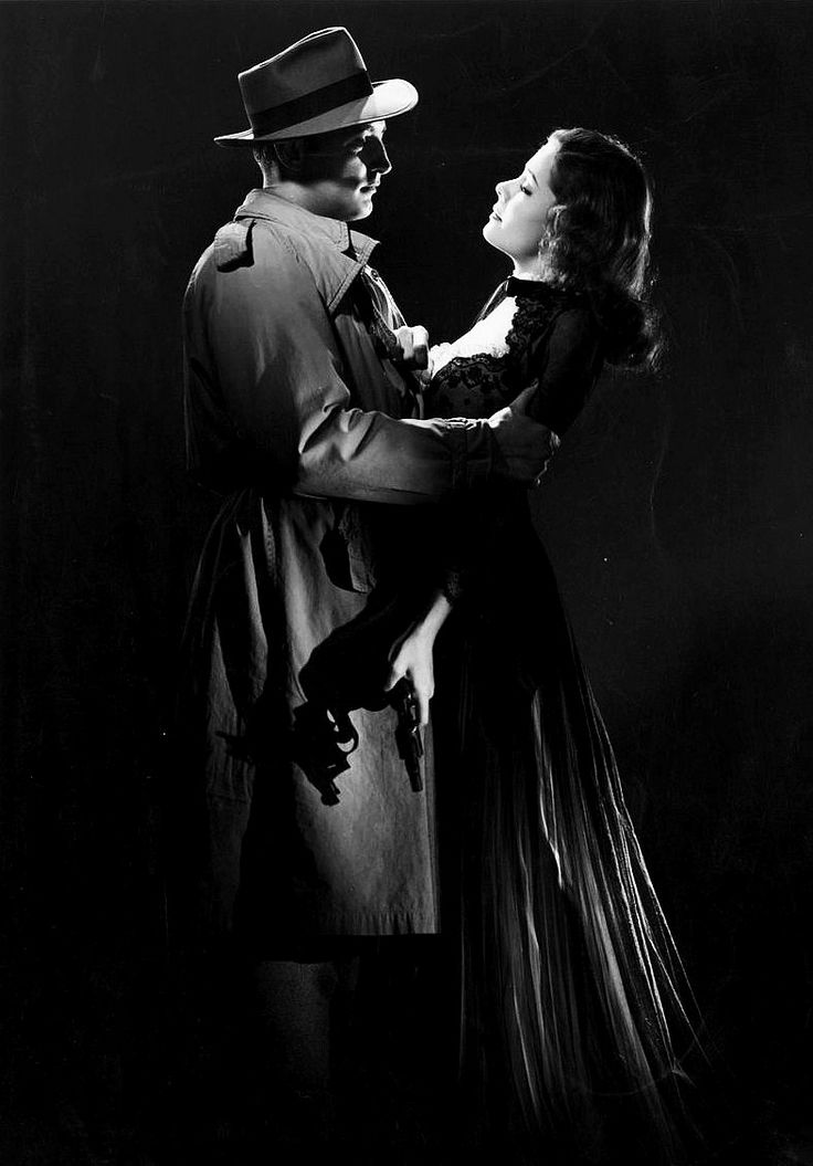 Publicity still of Robert Mitchum and Jane Greer for Out of the Past, 1947.