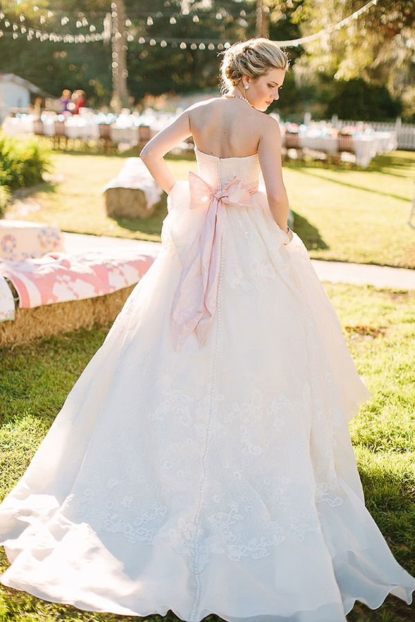 gorgeous pink bow gown | Kt Crabb #wedding