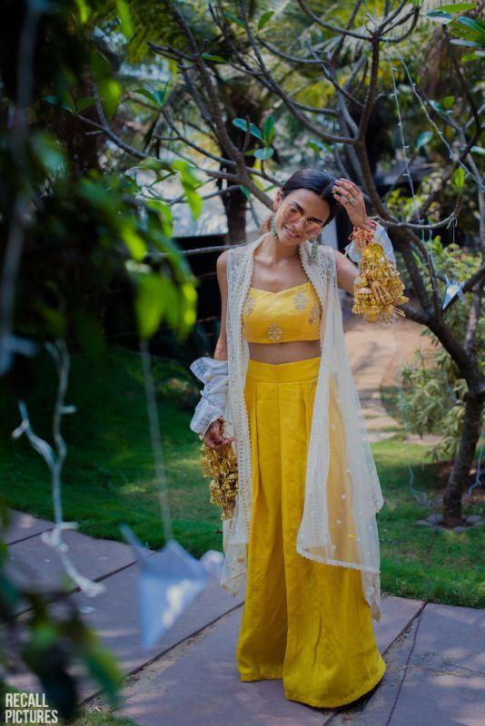Idéias impressionantes roupa festa na piscina para o seu casamento!   – Mehndi Outfits