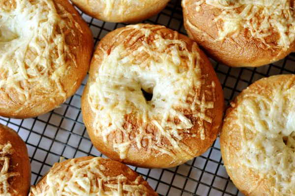 Homemade Bagels {Step-by-Step} | Mel's Kitchen Cafe