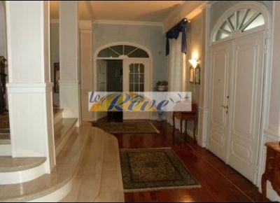 http://www.immobiliarelereve.it/immobili-Villa+in+costruzione+a+Bordighera+in+zona+molto+tranquilla+immersa+nel+verde+a+500m+dal+mare-389.html#.UujQz3cuLFw