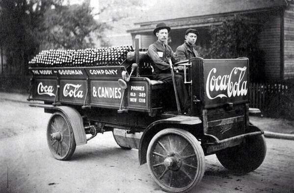 Coca-Cola distributors. Noxville, 1909.