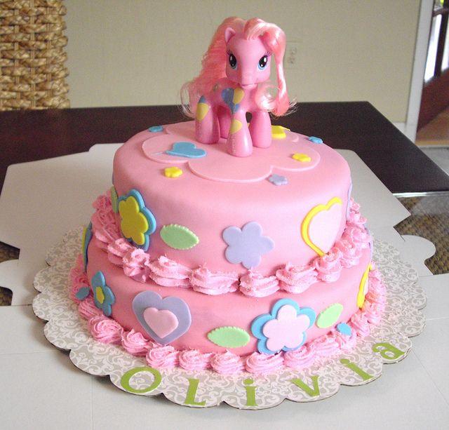 My Little Pony Cake by dulcelinas cakes, via Flickr