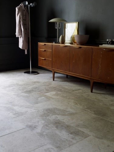 Tundra Honed Limestone from Mandarin Stone: The calming grey and white hues of this stone have proved to be a popular platform for luxurious modern living. #dining #livingroom #stone http://www.mandarinstone.com/products/limestone/tundra_honed