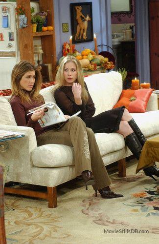 """Friends"" Jennifer Aniston and Christina Applegate"