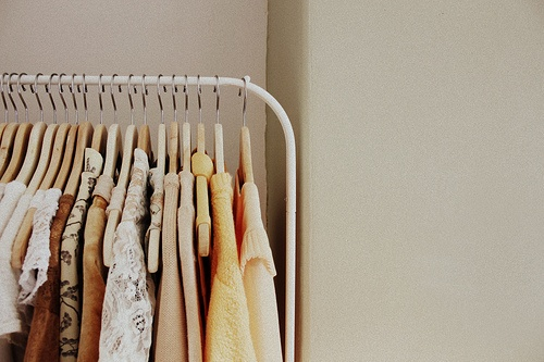 rolling rack: Rolls Racks, Beautiful Photo, Concept Clothing, Clothing Railings, Clothing Racks, Film Photography, Clothing Stores, Extra Spaces, Closet Ideas