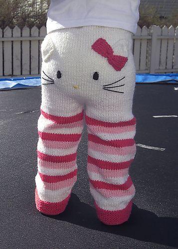 Kitty pants that are knit. I would crochet them. :)