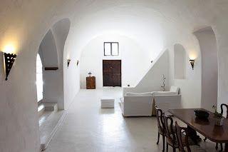 ClothesPeggS: Irregular walls & Whitewash