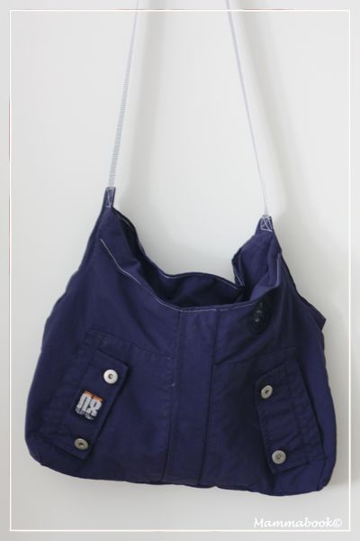 Mammabook: Borsa da una giacca a vento (senza tagliare) – Bag from a child jacket (no cutting)