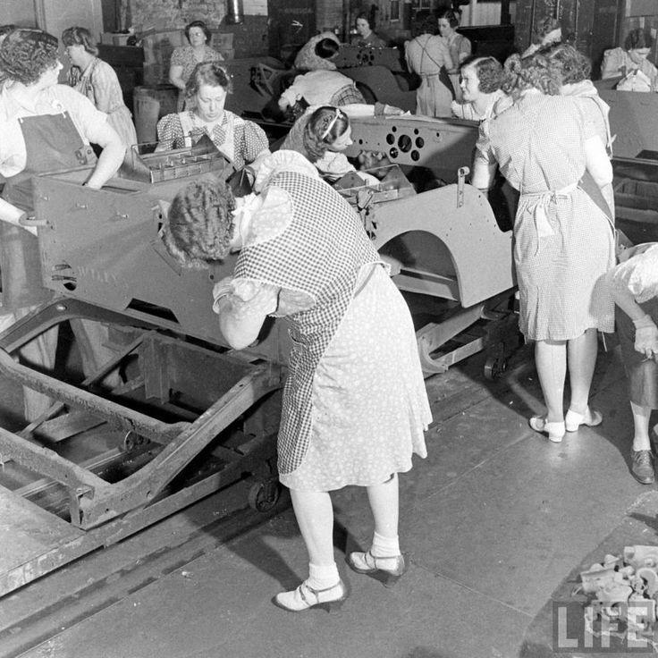 Willys Overland Fatory Toledo, 1942.  Women building military jeeps ~