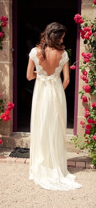Gorgeous Custom Made Chiffon Open Back Wedding Dresses with Lace