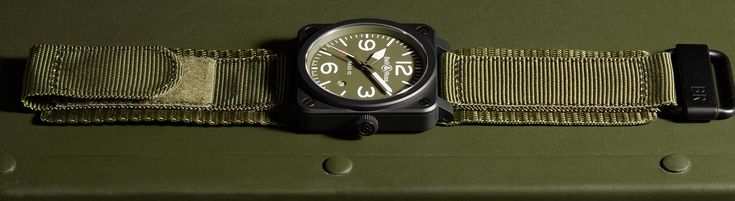 BR 03-92 MILITARY TYPE - Bell & Ross