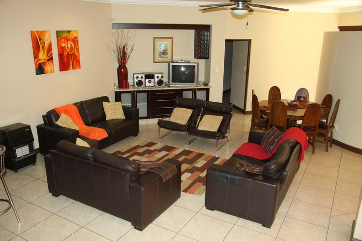 Eagles Retreat in Hartbeespoort. Broederstroom accommodation. Spacious and neat at Eagles Retreat.