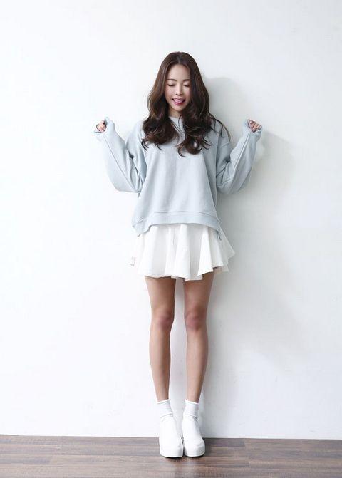2e590dd7692 Корейский стиль одежды для девушек (42 фото)  восток - дело тонкое ...