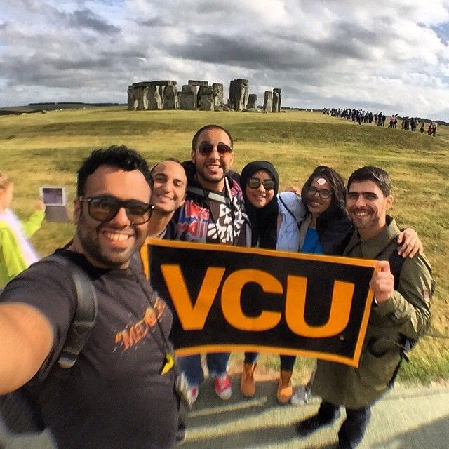 VCU Qatar Alumni visit Stonehenge and share their #MyVCUsummer moment.