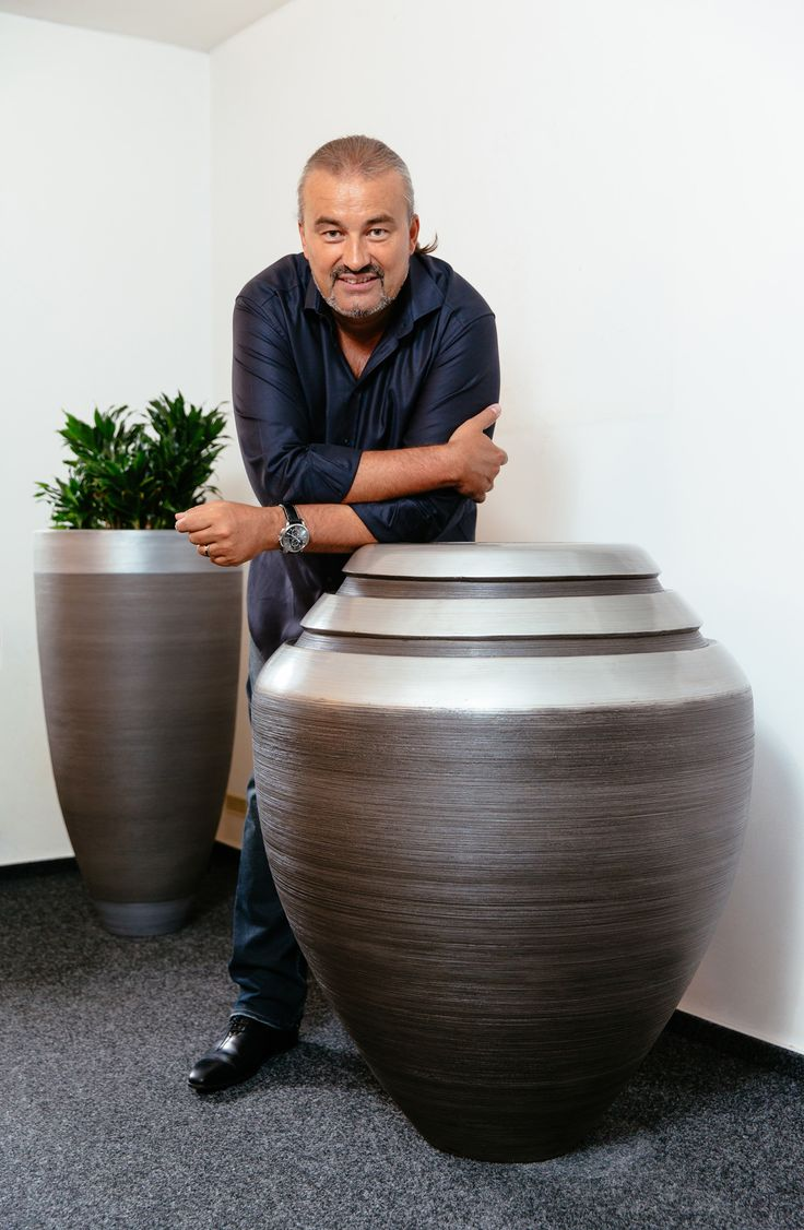 Dekorative Vasen, Design, Vasen, metal vasen