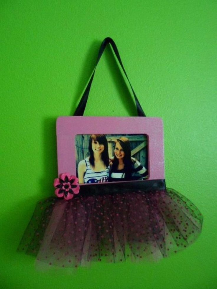 The 25 best homemade picture frames ideas on pinterest for Handmade picture frame ideas