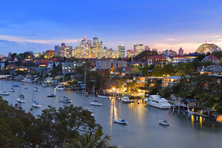 Travis apartment in Sydney has harbour views