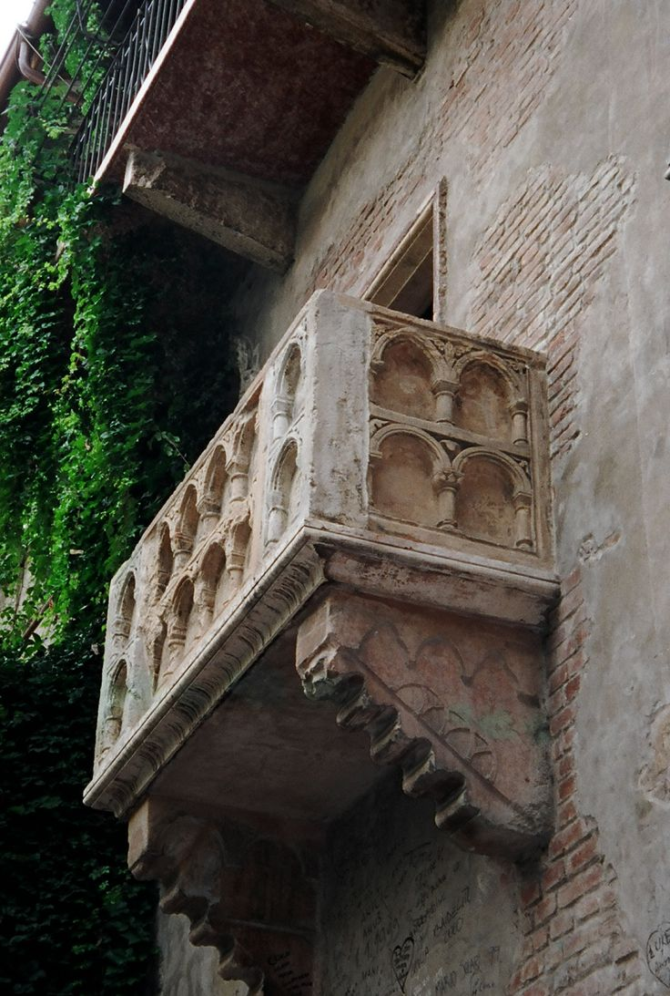 Juliet's Balcony, Verona, Italy-want to go see this but don't think we'll have time