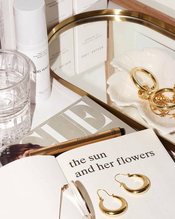 Instagram Com Pinterest Kardelen Ozturk Gold Jewelry Beige Aesthetic Jewelry Photography Classy Aesthetic