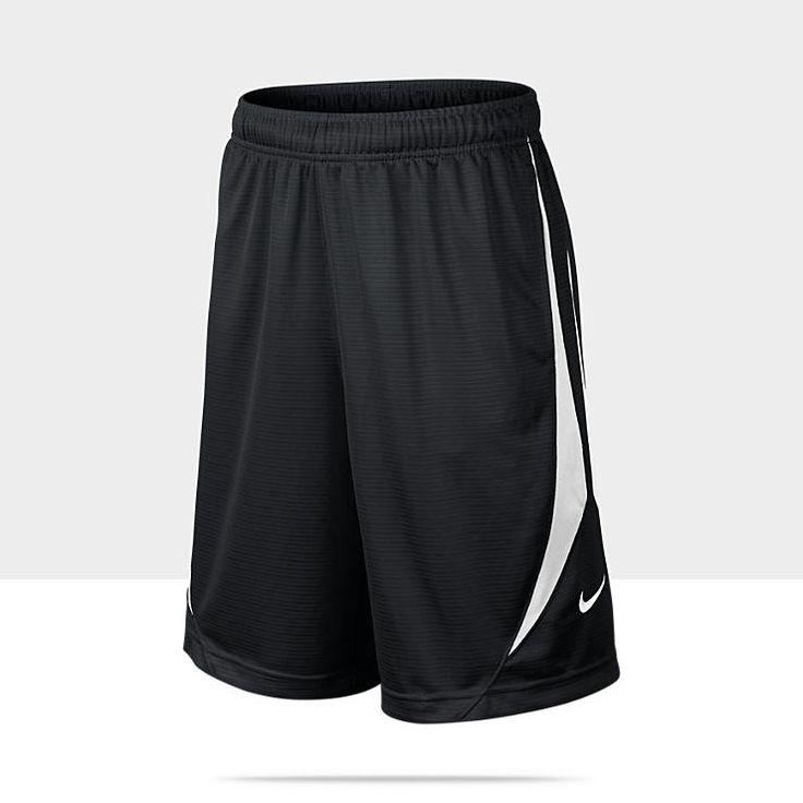 Me gustan los pantalones cortos porque es negro . Los cortos están floja. Los cortos tienen marca nike .