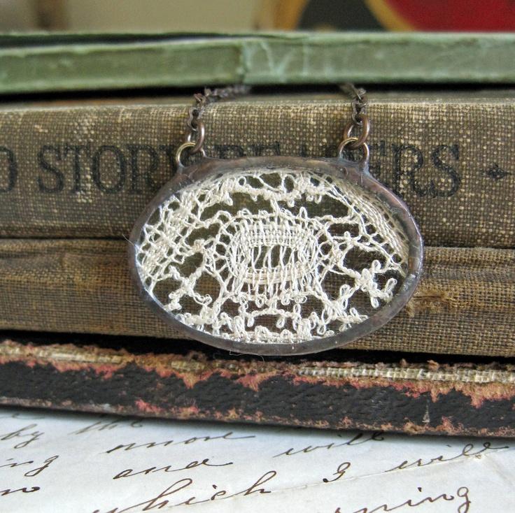 #vintage #lace #necklace: Art Vintage, Pendants, Dreams, Vintage Lace, Antiques Lace, Necklaces Vintagelov, Bridesmaid, Necklaces Vintage Lov, Lace Necklaces