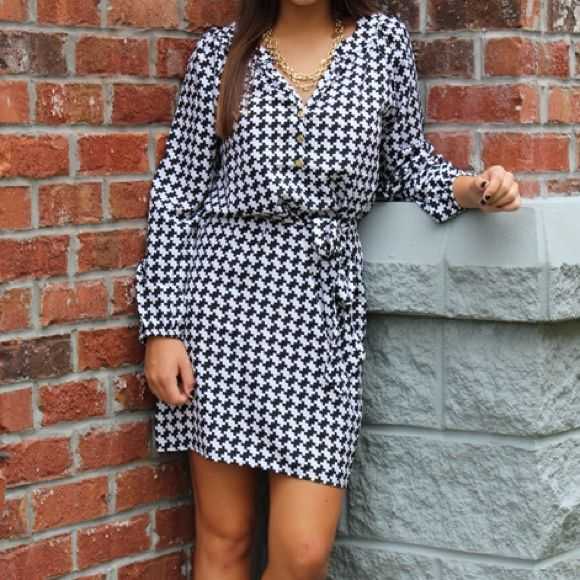 I just discovered this while shopping on Poshmark: 👗Mud Pie houndstooth shirt dress 👗 NWTNWT. Check it out!  Size: L
