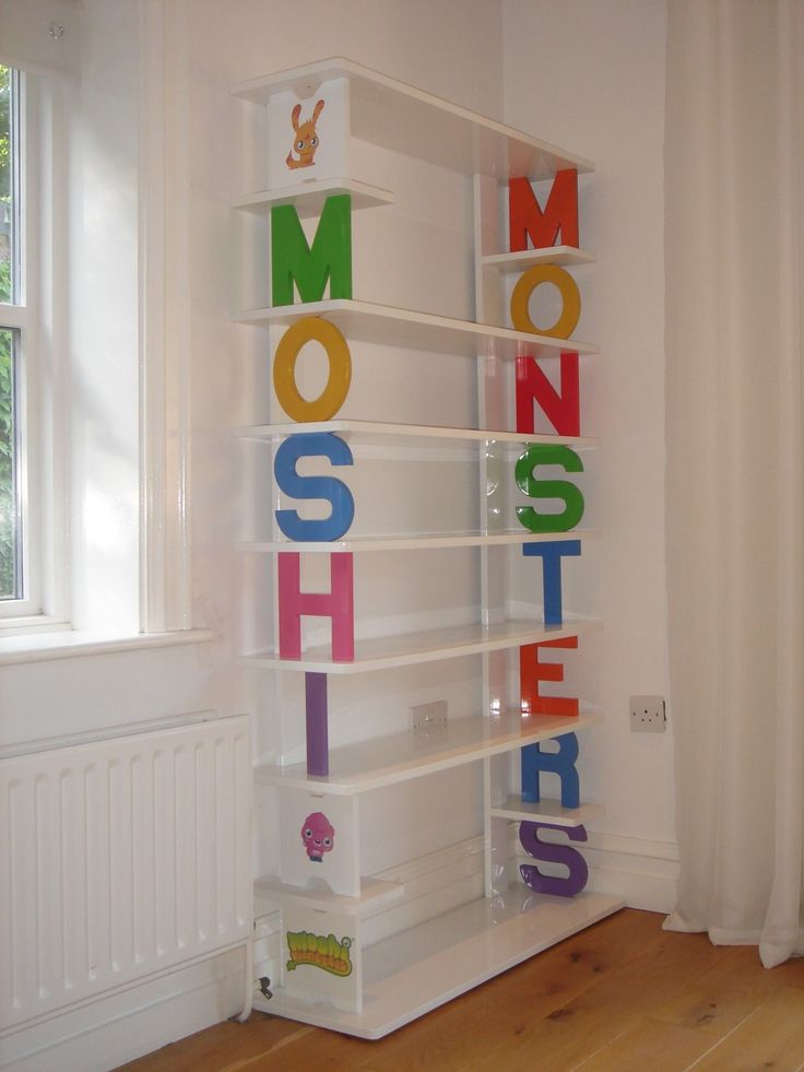 how to change your room on moshi monsters