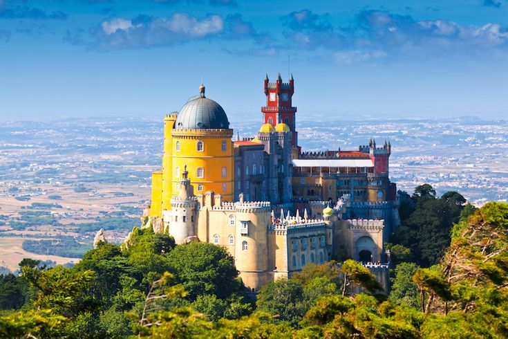 Four best day trips from Lisbon (The Travel Hack)