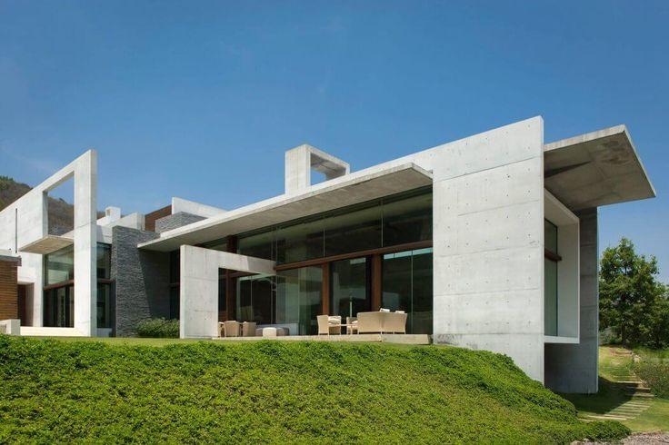 Monterrey Современный по Surber Barber чот + Hertlein архитекторов | HomeAdore