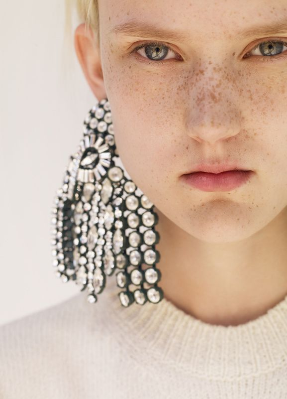 Say yes to Céline Resort 2015 mega big earrings, Do you dare to wear it ?
