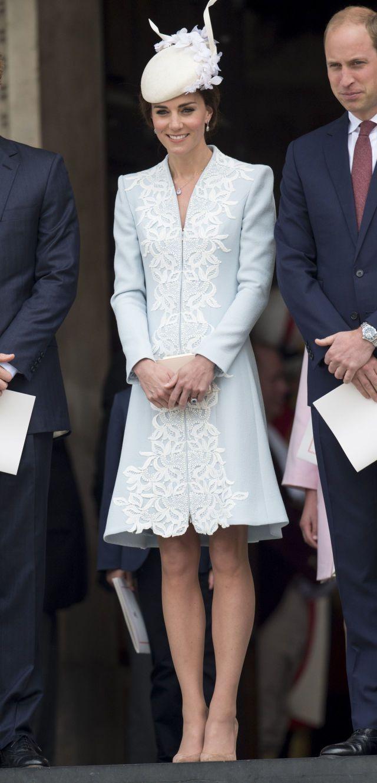 Kate Middleton Is a Very Leggy Snowflake