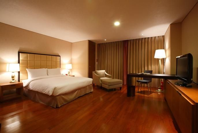 OopsnewsHotels - Ramada Hotel & Suites Seoul Namdaemun