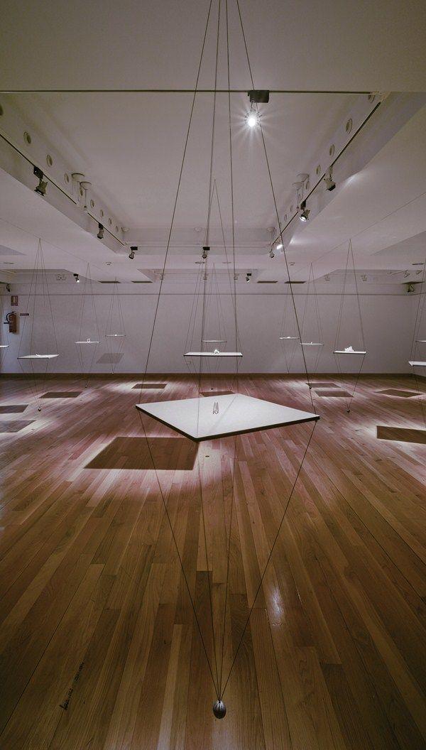 Oscar Abba_ complejidad dinámica.Exposición en Elche Www.elpaseovintage.com Www.laballenaimantada.com