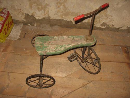 Tricicleta Romaneasca Veche - Magazin Antichitati Online Antic Shop Antichitate, Produse Antice