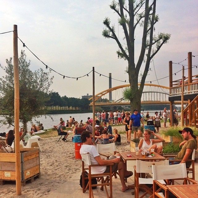 Stadsstrand Utrecht: Beach nearby the centre of Utrecht. A great place to meet people and have a drink with friends