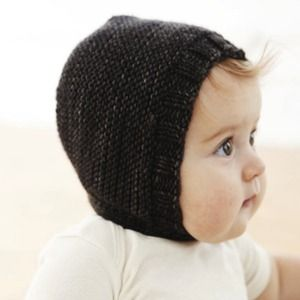 Chubby cheeks and knitted hats :)