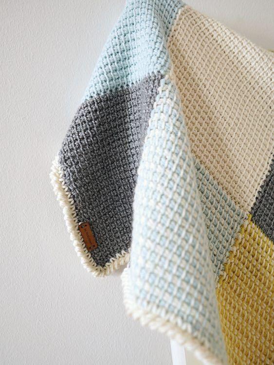 diy anleitung patchwork babydecke tunesisch h keln via h kel str keln stricken. Black Bedroom Furniture Sets. Home Design Ideas