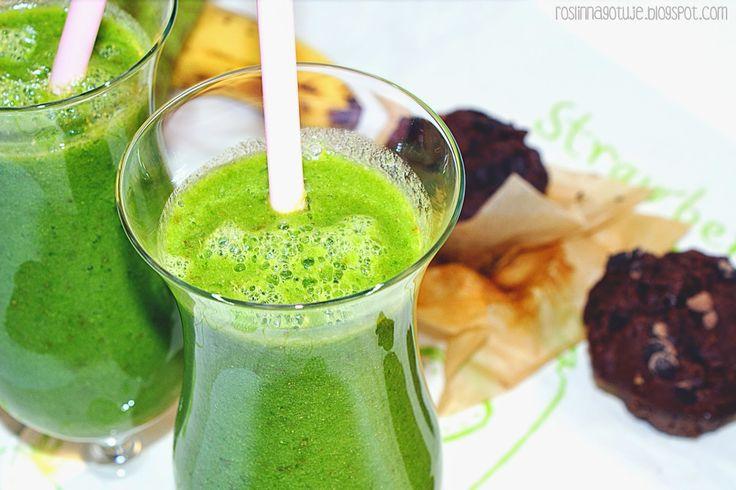 Roślinna - blog wegański: Zielony koktajl szpinakowo-gruszkowy