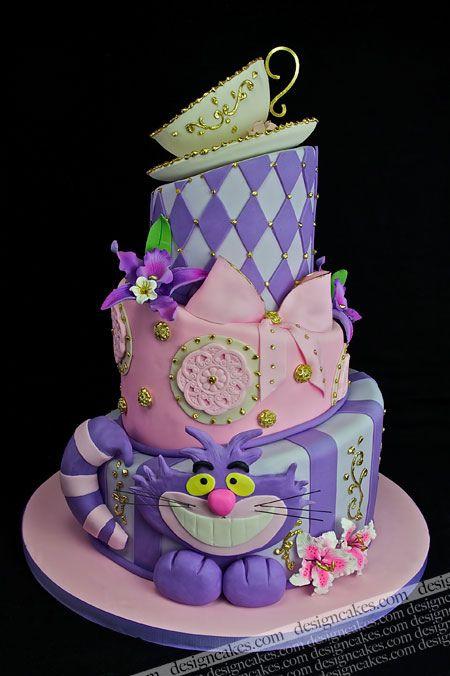Alice in Wonderland kids birthday cake idea