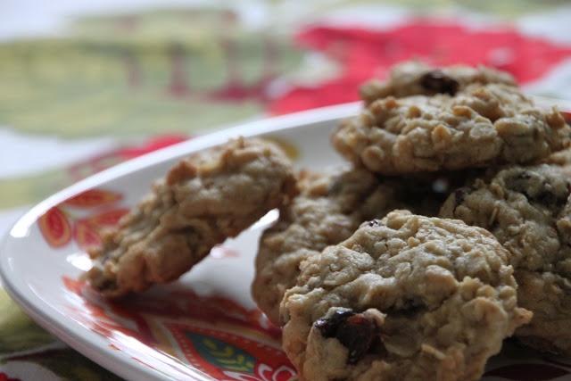 chewy oatmeal raisin cookie nick malgieri s chewy oatmeal raisin ...