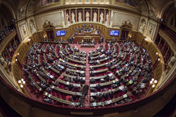 LE SCAN POLITIQUE - Alors que la loi sur la moralisation de la vie publique est actuellement au Palais du Luxembourg, cette mesure phare a été rejetée par la chambre haute dans la nuit de mardi à mercredi.