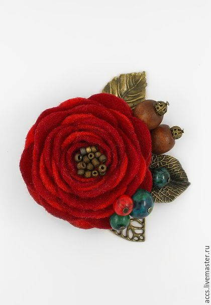 """Броши ручной работы. Ярмарка Мастеров - ручная работа. Купить Брошь """"Цветение орешника"""" - брошь в форме цветка из фетра. Handmade."""