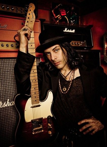 Richie Kotzen, singer & guitar player for the Winery Dogs