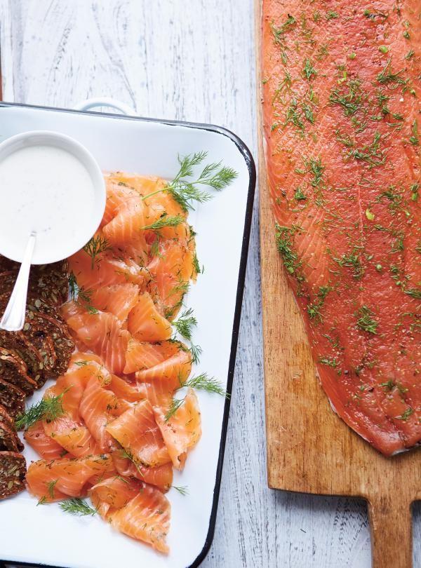 Recette de gravlax de saumon au gin et au miel de Ricardo