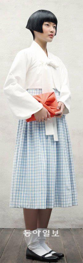 80년전 숭의여학교 교복… 당대의 신여성 문화코드 http://news.donga.com/3/all/20120113/43305997/1