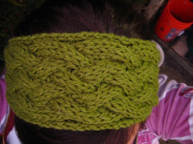 Ravelry: Criss-Cross Cable Headband pattern by Mari Doroud ...