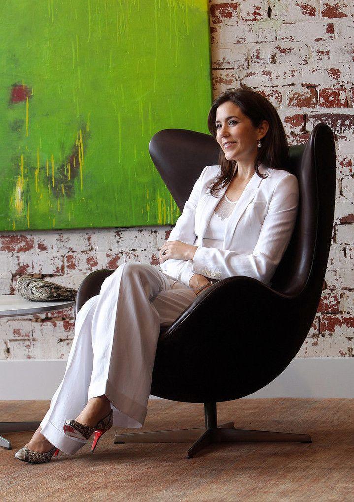 У Кейт Миддлтон есть конкурентка: роскошный стиль принцессы Мэри Датской